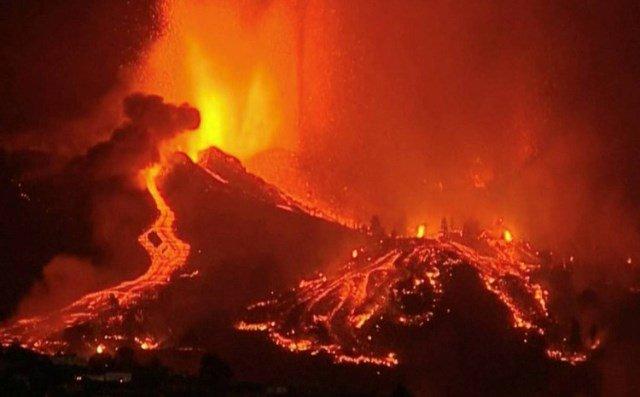 Tok lave na Kanarskim otocima usporava, tisuće ljudi evakuirano
