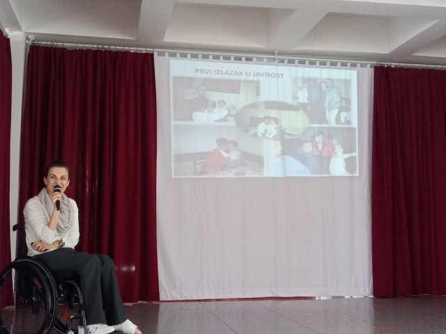 """Audio i Foto: U Žepču upriličena prezentacija projekta  """"Vozim iako ne hodam"""""""