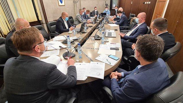 Vlada ZDK produžila primjenu mjera za 14 dana i zatražila veći angažman inspekcije i policije